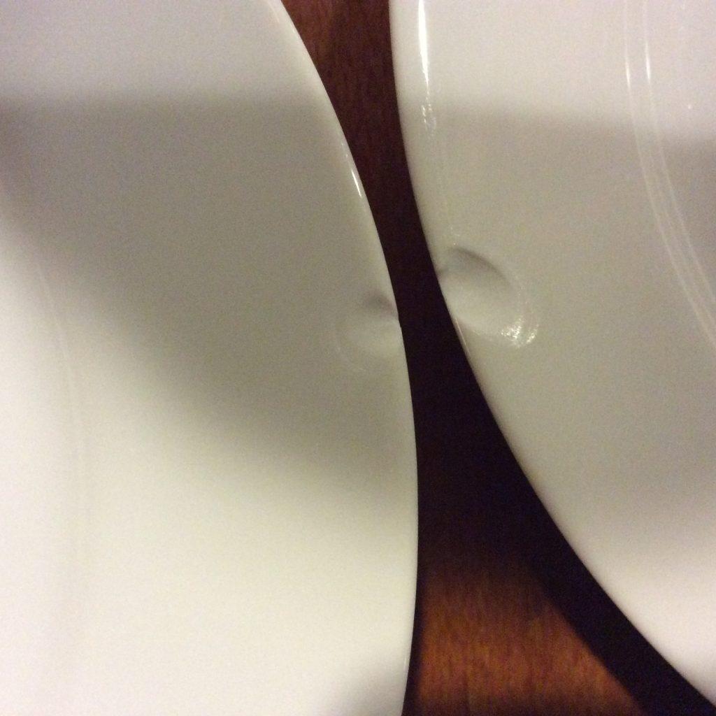 欠けた皿1