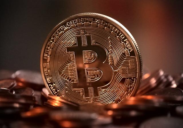仮想通貨でボロ儲けしている人が集客している謎