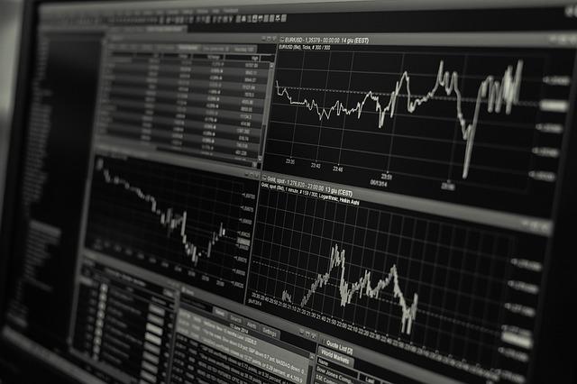 株取引チャートと売上チャートとのシンプルな類似性
