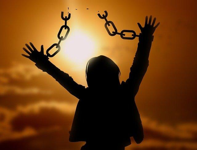 社畜という奴隷精神を脱してチャイナウィルスから生き抜く考え方