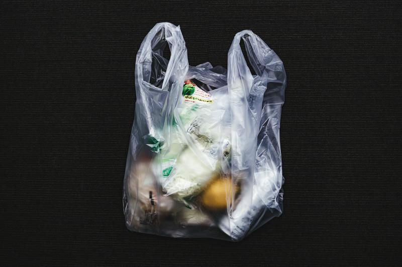 売上を下げる三重の仕掛けとなったレジ袋有料化問題
